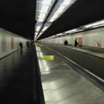 Rolltreppe in der Pariser Métro