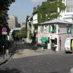 Straßenszene am Montmartre in Paris