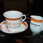 Stilechte Kaffetasse im Antico Caffè Greco in Rom