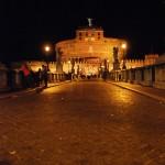 Die Engelsburg in Rom bei Nacht
