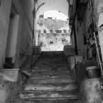 Ein Treppenaufgang in Ischia Porto