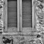 Ein typischer italienischer Fensterladen auf Ischia