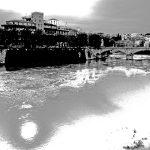 Der Tiber in schwarz-weiß