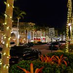 Die 5th Avenue in Naples (Florida) bei Nacht
