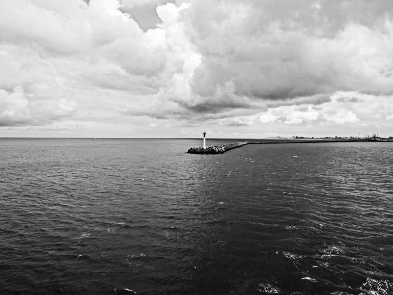 Hafenausfahrt von Dünkirchen (Frankreich)