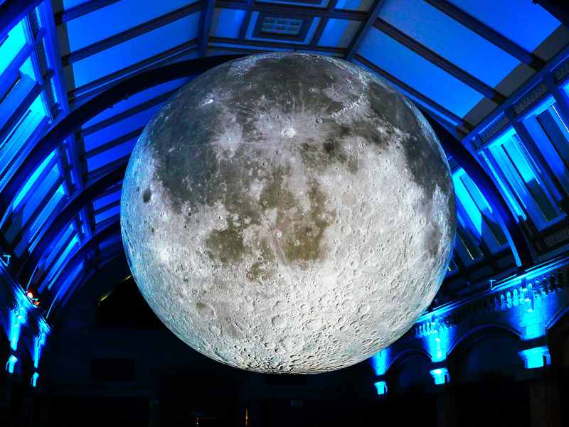 Mond im Natural History Museum London
