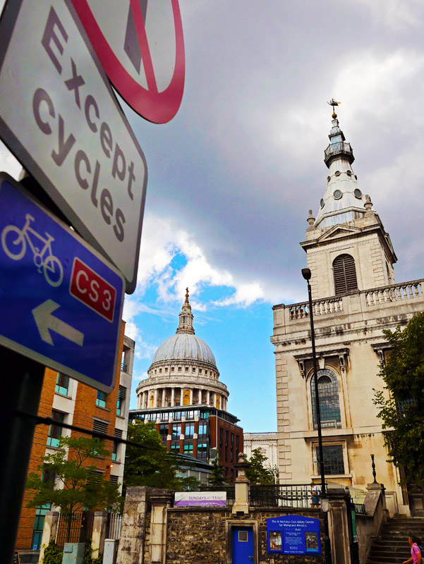Blick auf die St. Paul's Cathedral in London