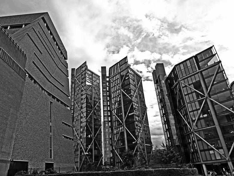 Moderne Bürogebäude am Londoner Tate Modern