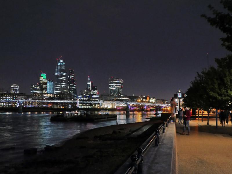 Nächtlicher Spaziergang in London